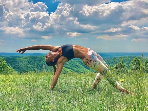 Online yoga lesson nature beginner